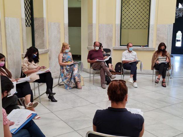 Πραγματοποίηση διαβούλευσης με θέμα: «Η φτώχεια και ο κοινωνικός αποκλεισμός στον Πειραιά την εποχή του COVID-19», στη Δημοτική Πινακοθήκη Πειραιά